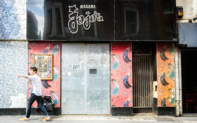 Madame Jojo's, Robert Bosson