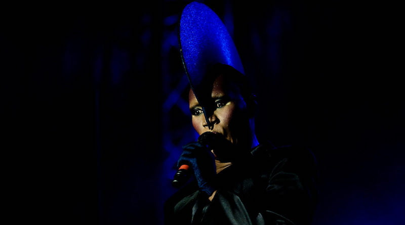 Grace Jones, Flow Festival 2009, Vesa Härkönen