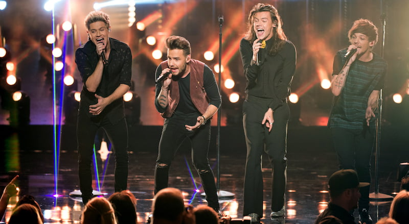 One Direction (1D), 2015 American Music Awards, Disney–ABC Television Group