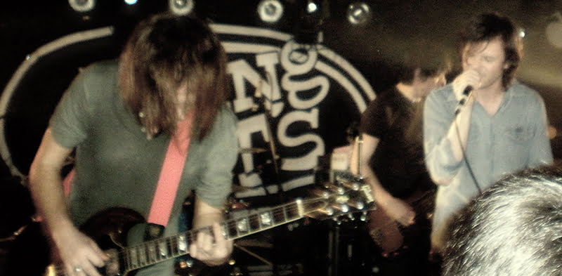 Idlewild play King Tuts in Glasgow in 2008, Egg Creations