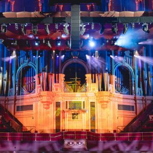 The main array hangs above the RAH's stage