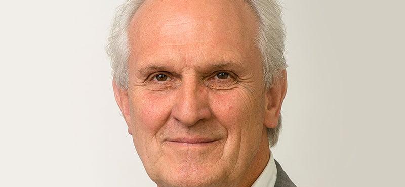 Pieter Broertjes, the mayor of Hilversum, is chairman of the Consumentenbond