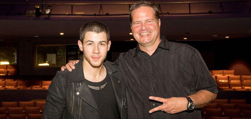 Rob Buswell with Nick Jonas at Pittsburgh Pride in 2015