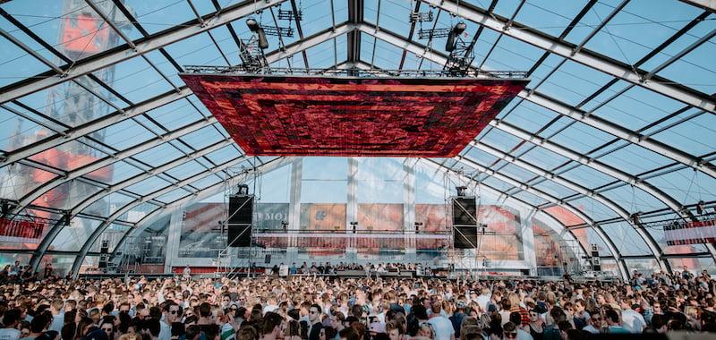 Dutch govt bans all events until 1 June
