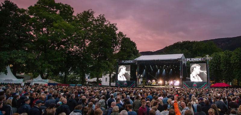 Bergen Live organises summer shows at the Bergenhus Fortress (Festning)