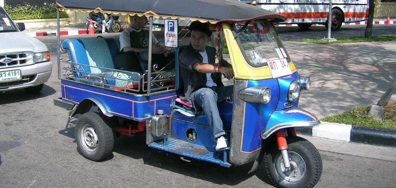 Tuk Tuk Fest: Thailand's take on drive-on shows