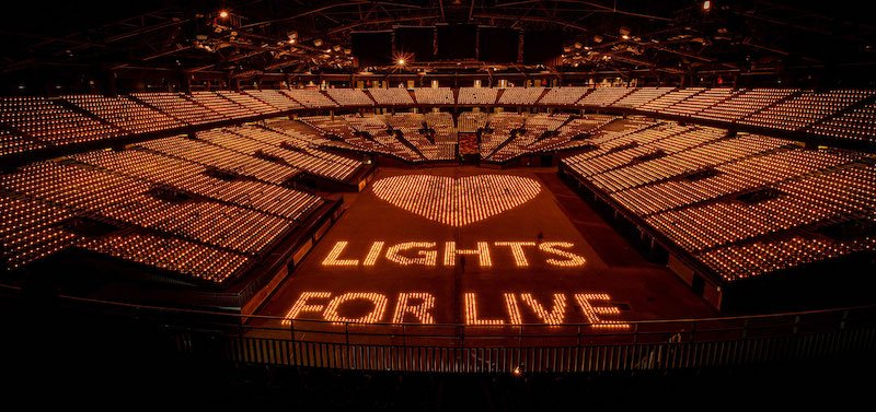 The Sportpaleis illuminated for Lights for Live