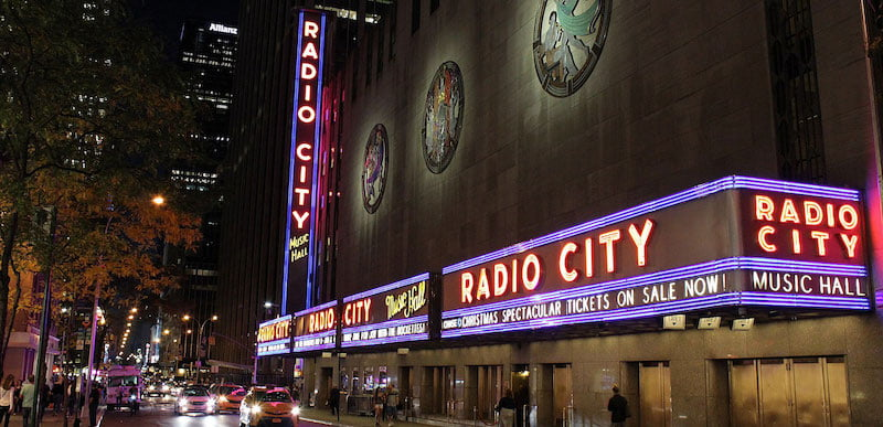 Radio City Hall will open exclusively to fully vaccinated citizens