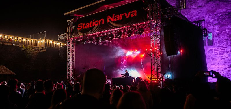 Roni Size performs at Station Narva 2021